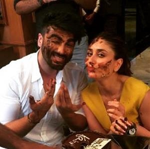 Arjun Kapoor and Kareena get 'cake-smashed' on the sets of new movie