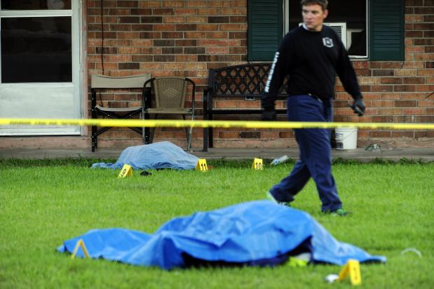 Man kills two in shooting, stabbing in Louisiana: Reports