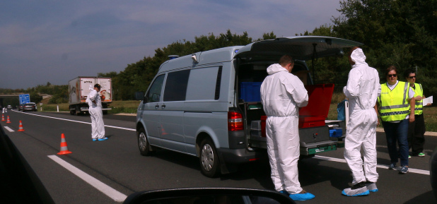20 migrants found dead in truck on Austria highway