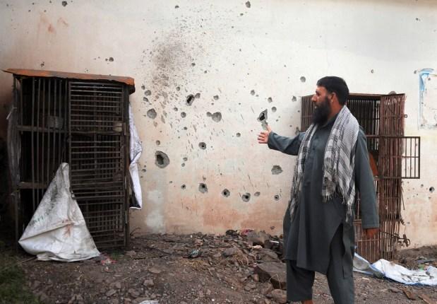 Indian and Pakistani border guards trade gunfire, 2 killed