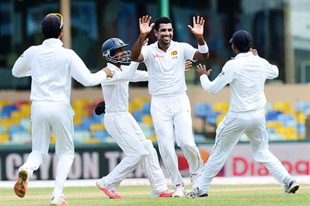 Indians rattled on rain-affected day