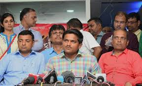 India: Hardik Patel in Delhi, to hold talks with quota-stir leaders