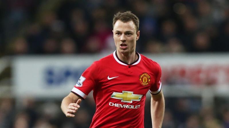 West Brom sign Manchester United defender Evans