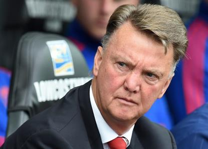 Van Gaal rules out transfer remedy for Manchester United