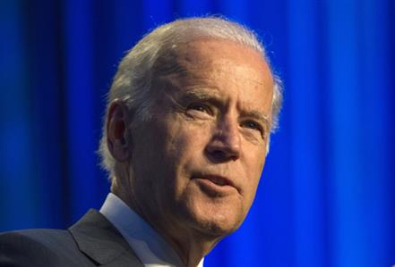 Biden to test political waters in Florida as he mulls 2016