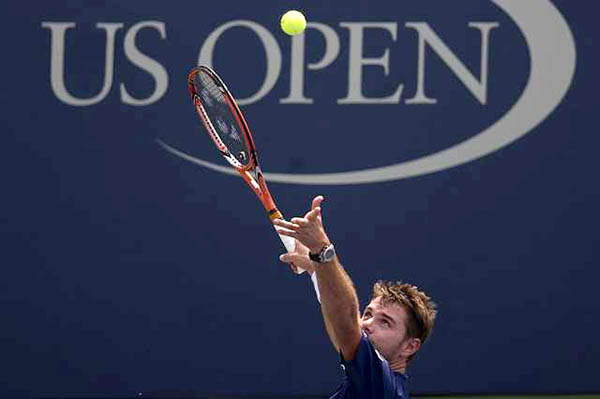 US Open: Wawrinka powers into third round