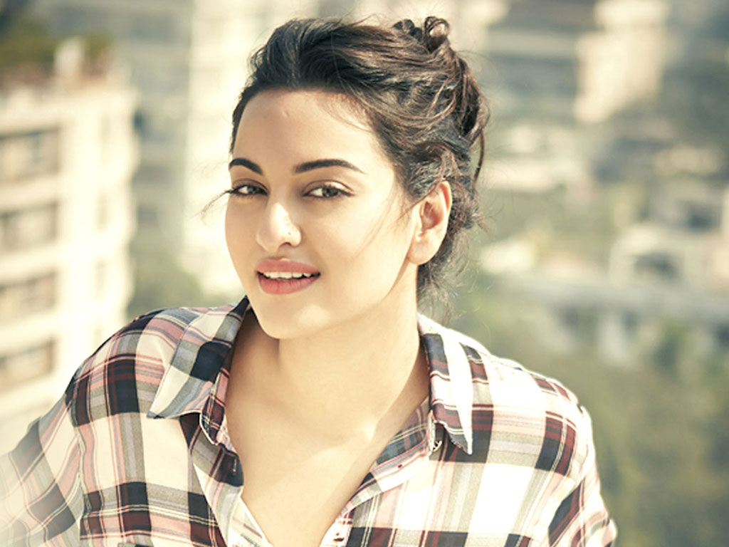 Sonakshi Sinha jets off to Budapest for 'Force 2' shoot