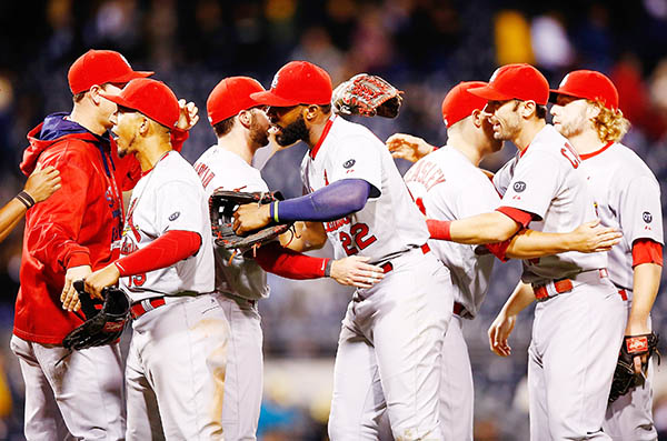 Cardinals seal NL Central title