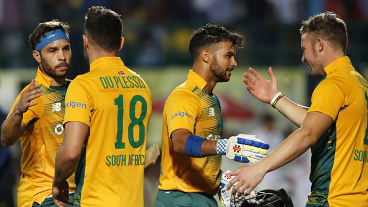 Duminy stars in South Africa's 7-wicket win over India