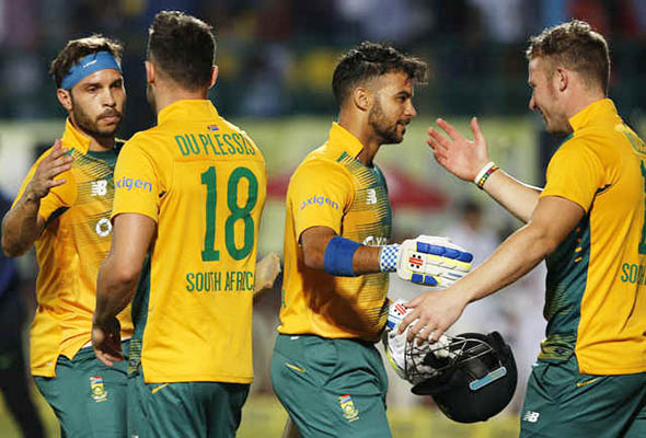 South Africa off to thrilling start