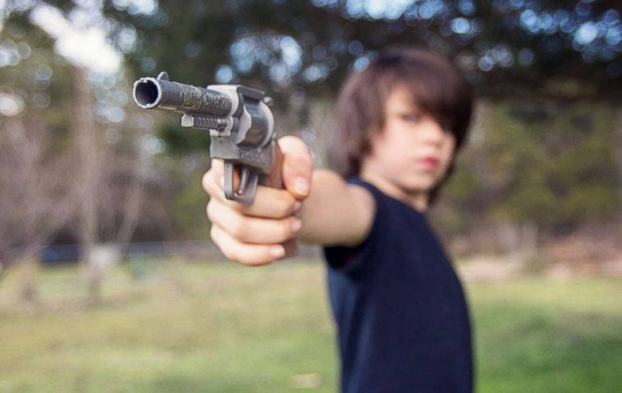 11-year-old South Carolina boy accidentally shoots and kills his older brother