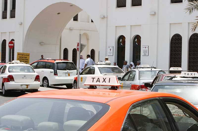 Uber denies claim in taxis row