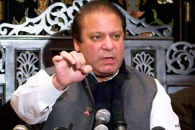 Pakistani PM says he wants to revive Afghan-Taliban talks