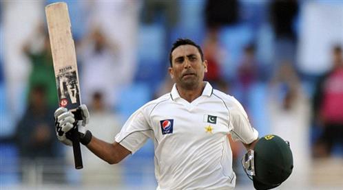 Younis poised to pass 'legend' Miandad's Pakistan run record