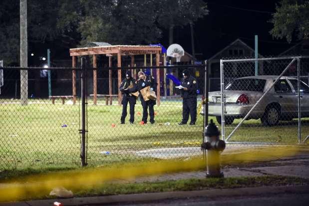 Sixteen people injured in New Orleans park shooting