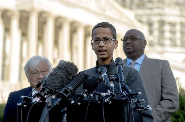 US Muslim teen accused of clock bomb seeks $15 million