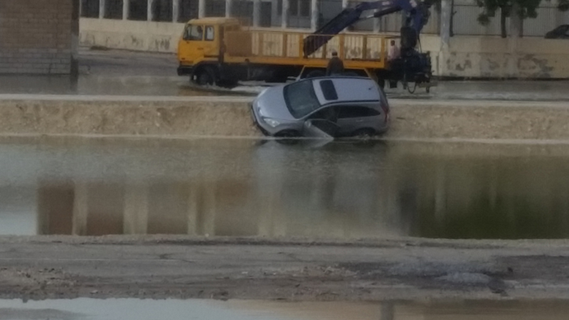 Videos & Pics: Roads, houses flooded with water after rain