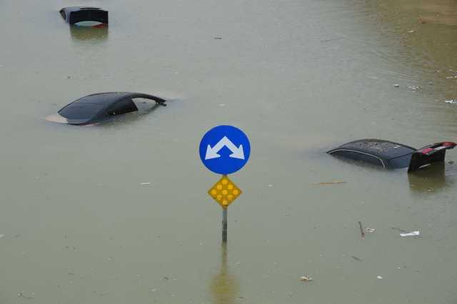 Heavy rains continue to lash Saudi Arabia