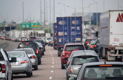 Bomb scare shuts highway