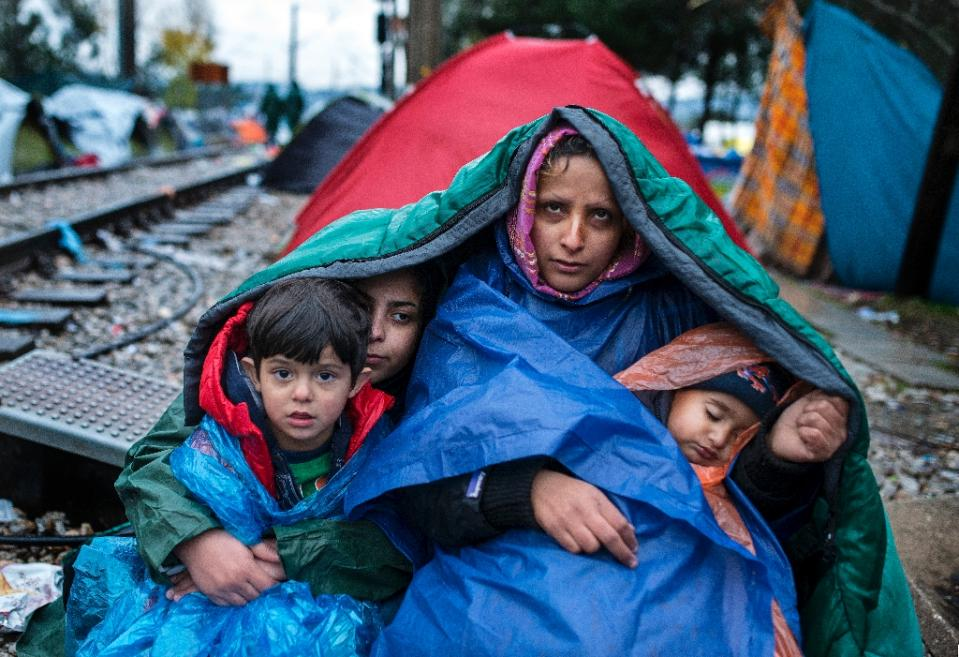 French PM Manuel Valls calls on Gulf to accept more refugees fleeing Syria