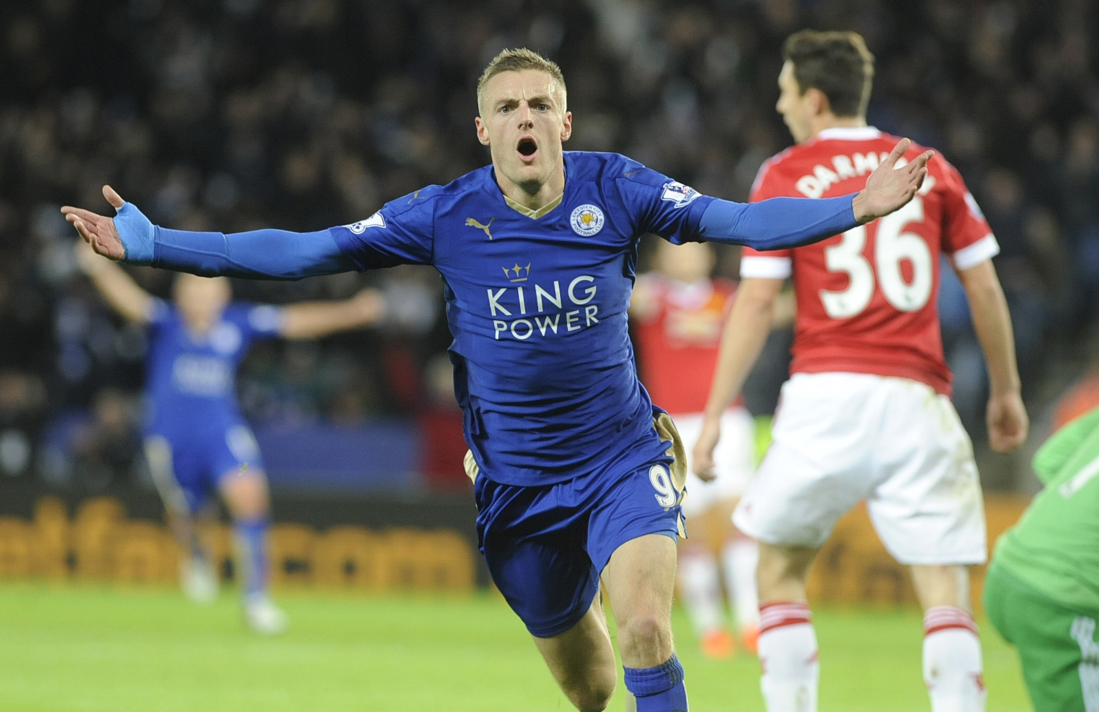Premier League: Vardy breaks scoring record as Leicester hold Manchester United