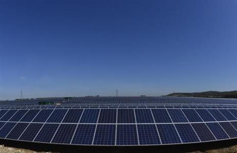 Dubai in clean energy push