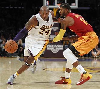Kobe announces retirement as Pacers beat Lakers