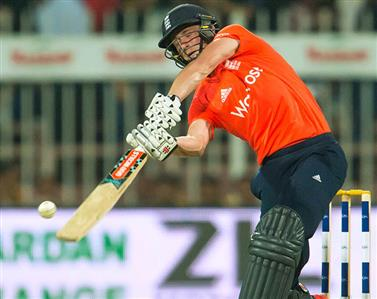 England whitewash Pakistan in Super Over finish