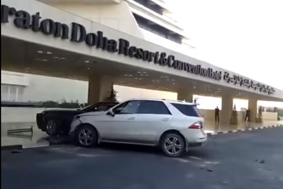 Video: Reckless driver rams SUV into Rolls-Royce in front of Sheraton Doha