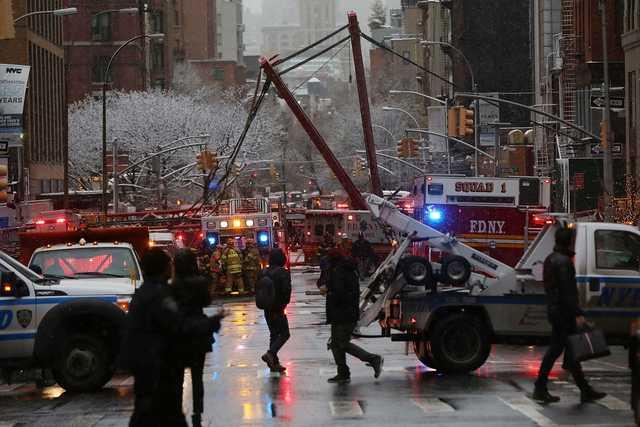 Crane collapses in Manhattan
