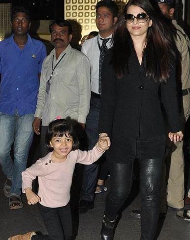 Aaradhya Bachchan Looks