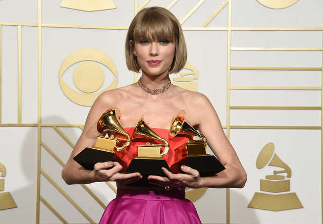 Celebs: Taylor Swift wins top Grammy Award, Kendrick Lamar wins 5