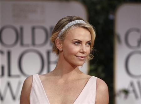 Celebs: Charlize Theron talks about her break up with Sean Penn