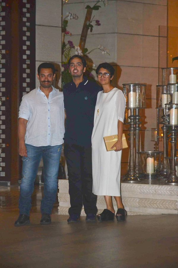 Bollywood: IN PICS: Aamir, Salman, Dhoni, Sachin attend Anant Ambani's birthday bash