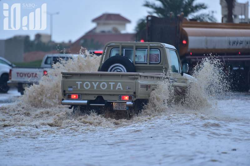 KSA: In Pics: Schools, universities closed in Riyadh due to torrential rain