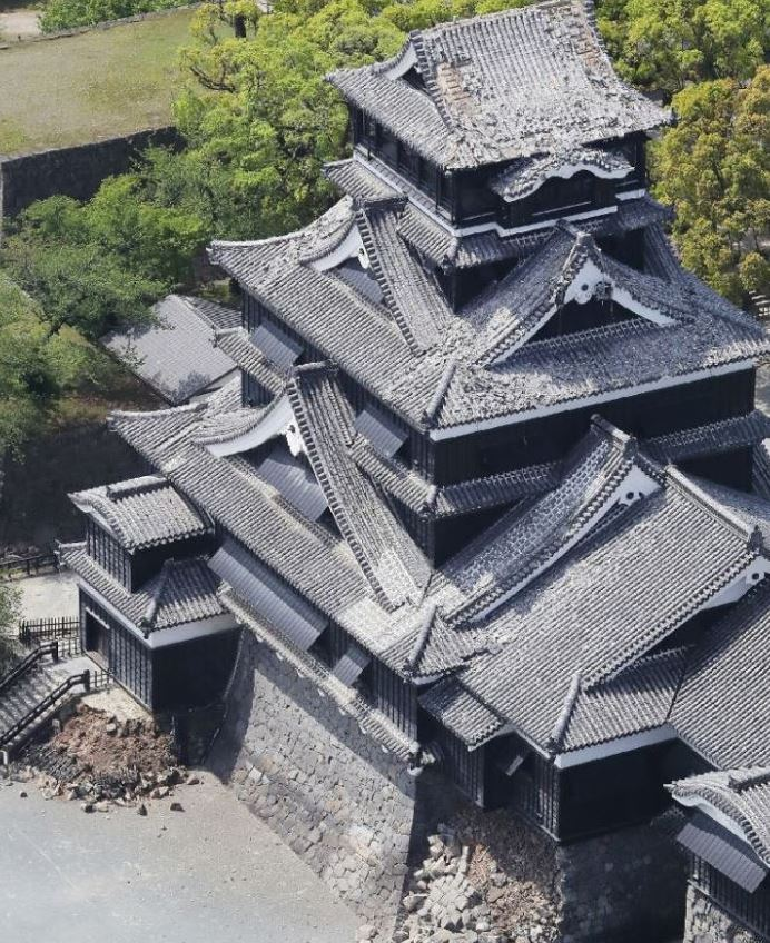 World News: In pics: 6.5 magnitude quake hits Japan; tens of thousands of people flee their home