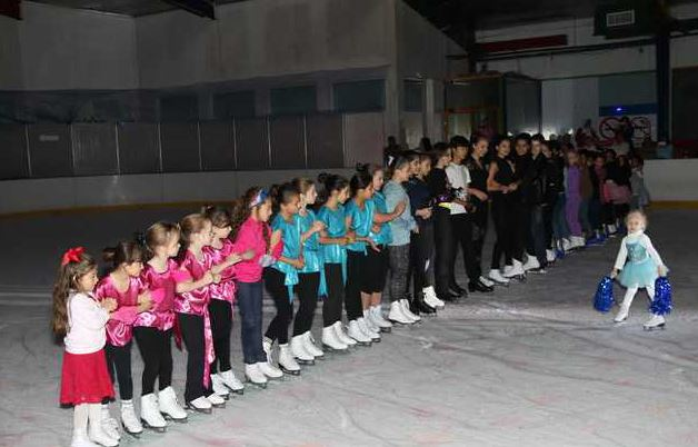 Bahrain News: A dazzling display by 'Ice Breakers'