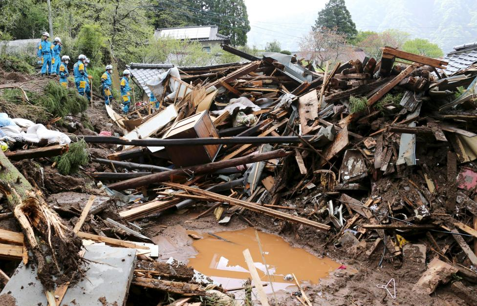 World News: Damaged infrastructure hinders search for quake survivors
