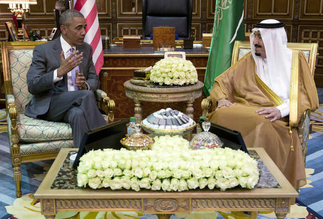 KSA: In Pics: Obama arrives in Saudi Arabia for talks with Gulf leaders