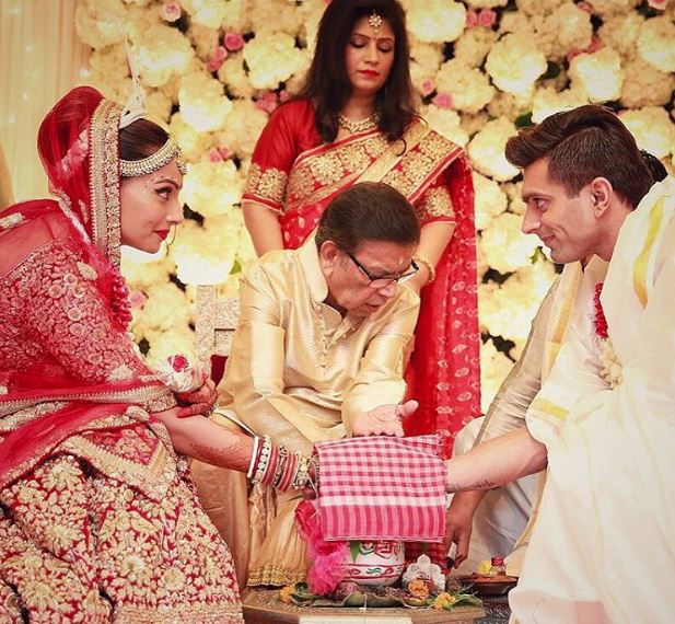 Bollywood: 13 must see pictures from Bipasha Basu and Karan Singh Grover's wedding