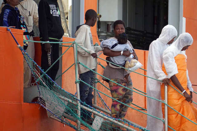 100 migrants missing in Wednesday's shipwreck say survivors