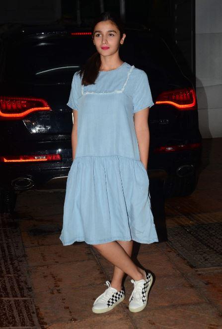 Bollywood: 'Udta Punjab' Success Bash: Shahid Kapoor, Alia Bhatt party together