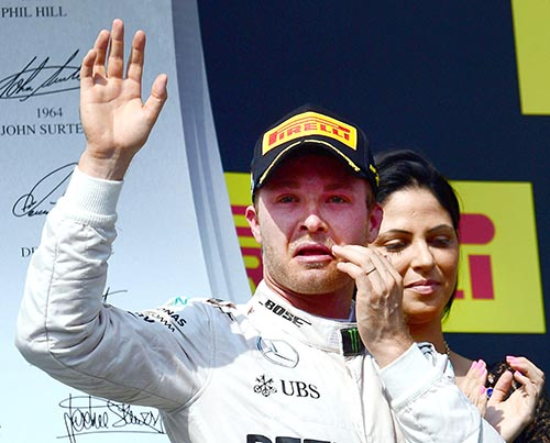 Rosberg out to reclaim F1 lead