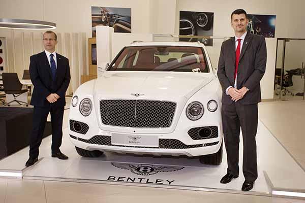 Bentley unveils fastest SUV