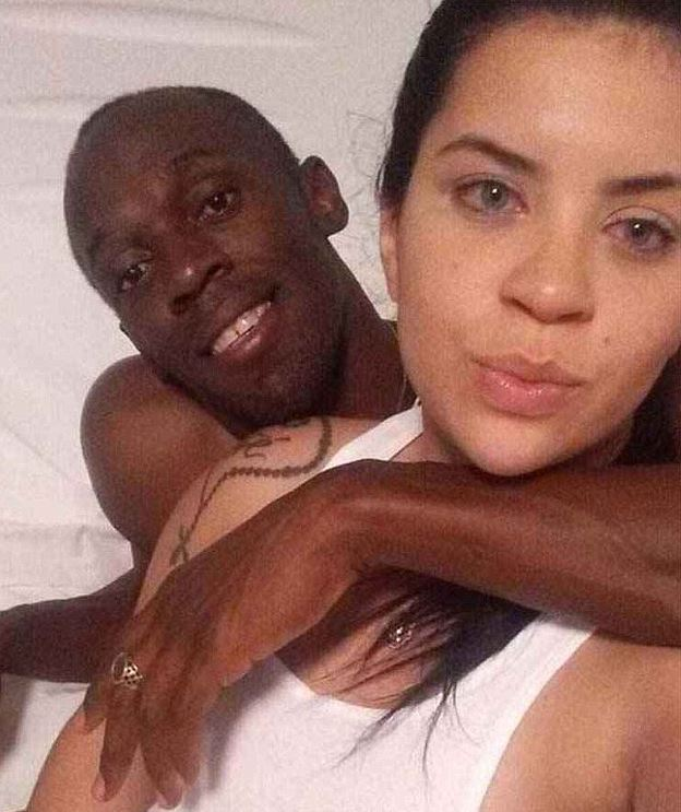 Rio girl shares intimate photos with Usain Bolt on WhatsApp after his wild birthday bash!