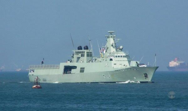 15 Iranian sailors rescued after Al-Zaman vessel sinks off Oman coast