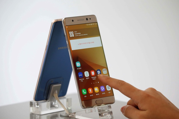Airlines ban Galaxy Note 7