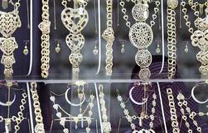 Luxury goods retailers  face risk over VAT
