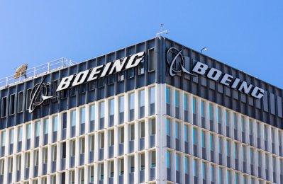 Boeing nears major wide-body jet sale deal with Qatar Airways