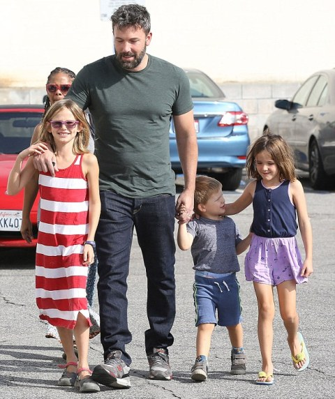 Celebs Ben Affleck Opens Up About Making Right Parenting Choices